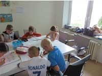 Kinder lernen Englisch ganz spielerisch!